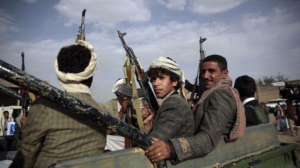 مليشيا الحوثي تعتقل نجل عضو مجلس محلي بريمة وآخر في صنعاء