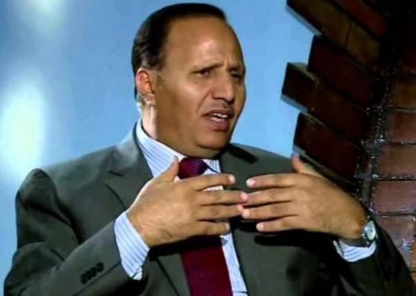 مستشار الرئيس هادي: أي حوار قبل كسر الحوثي عسكرياً مضيعة للوقت