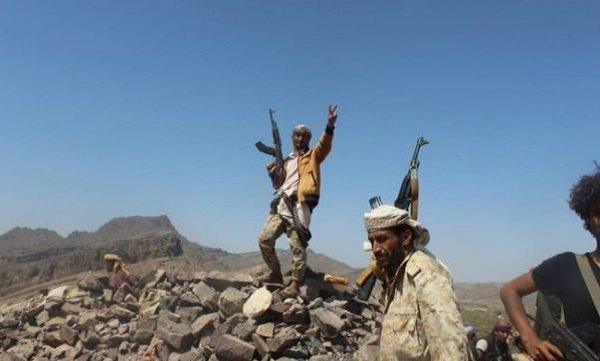 مليشيا الحوثي تمنى بخسائر بشرية ومادية وفشل هجوم وأسر عنصرين بالضالع