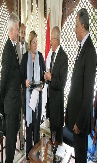 الزعيم صالح: اليمنيون قادرون على حل مشاكلهم بعيدا عن العدوان السعودي
