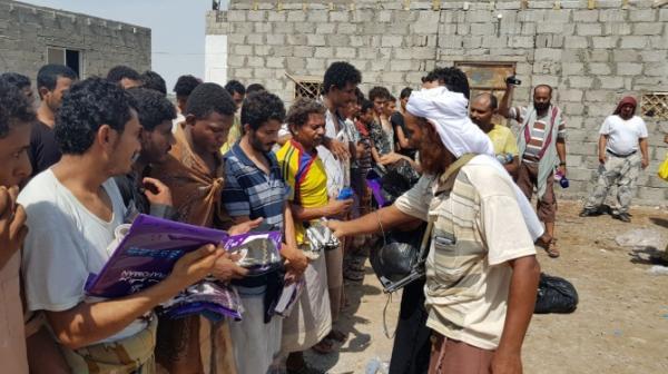 شهادات لأسرى حوثيين حول ما لاقوه من معاملة حسنة من قِبل ألوية العمالقة: نشعر بالندم لقتالنا مع المليشيا (فيديو)