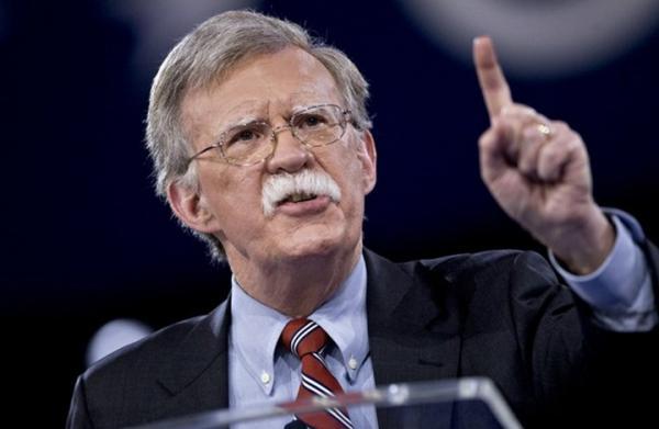 واشنطن تحذر تركيا بمزيد من العقوبات إذا لم تطلق سراح قس أمريكي