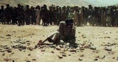 تنظيم &#34داعش&#34 يرجم رجلا حتى الموت فى العراق بتهمة الزنا