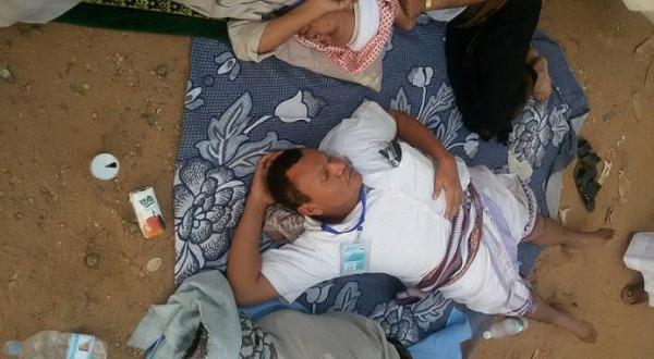 صور من منفذ الوديعة: حجيج من اليمن يفترشون الأرض ويلتحفون السماء