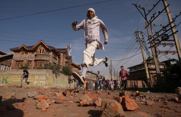 الهند تفرض حظر تجول في كشمير بعد اشتباكات بين قوات الأمن وشيعة خلال إحياء ذكرى وفاة الحسين