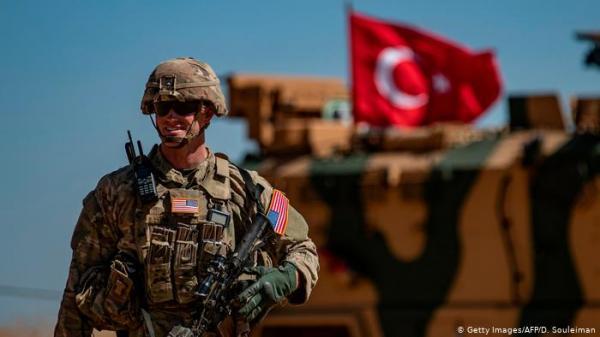 إردوغان ينتقد واشنطن رغم بدء دوريات مشتركة في شمال سوريا