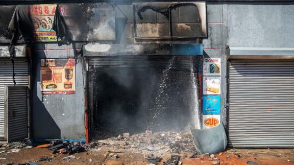 نيجيريا تقرر إعادة 600 من مواطنيها المقيمين في جنوب أفريقيا إثر اعتداءات ضد الأجانب