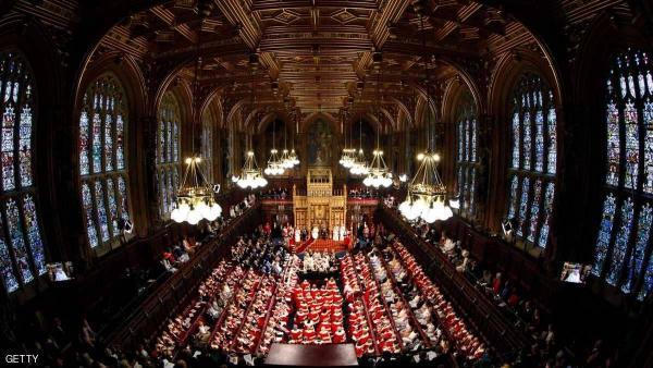 النواب البريطانيون يصوتون على قرار لإجبار الحكومة على نشر وثائق بريكست السرية