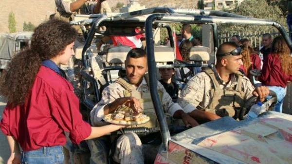 #الجيش_بلا_أكل .. واللبنانيون غاضبون