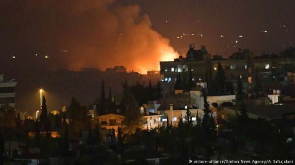تقرير: غارات إسرائيلية أصابت أسلحة وطائرة إيرانية في مطار دمشق
