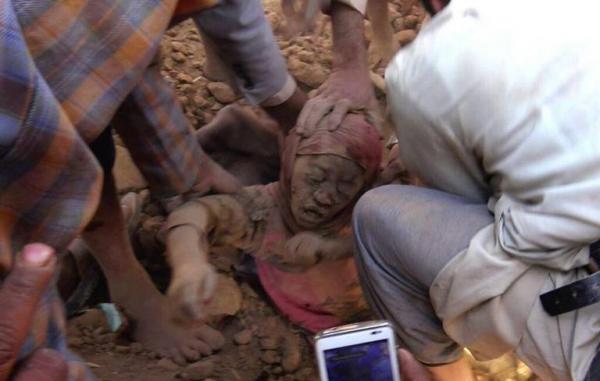 نعتذر لنشر الصور (+18) من سحار صعدة - مذابح التحالف العربي في اليمن