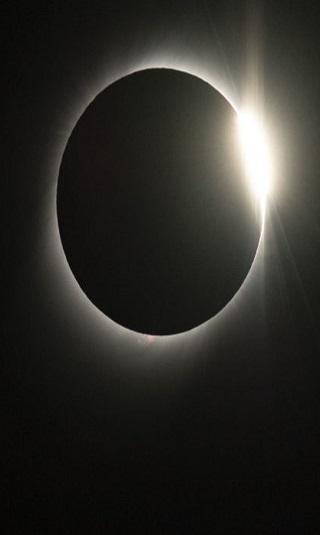 تحدث مرة واحدة كل 250 سنة.. علماء يحذرون من عاصفة شمسية هائلة قد تغرقنا في ظلام دامس
