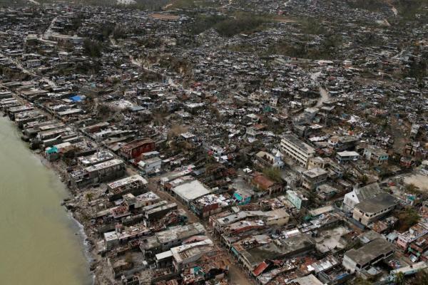 هايتي بعد إعصار ماثيو في صور