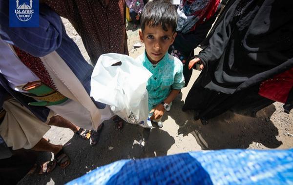 &#34غلوبال بوست&#34: مخاوف من كارثة إنسانية في اليمن بسبب فرض الحوثيين قيوداً على مجموعات الإغاثة