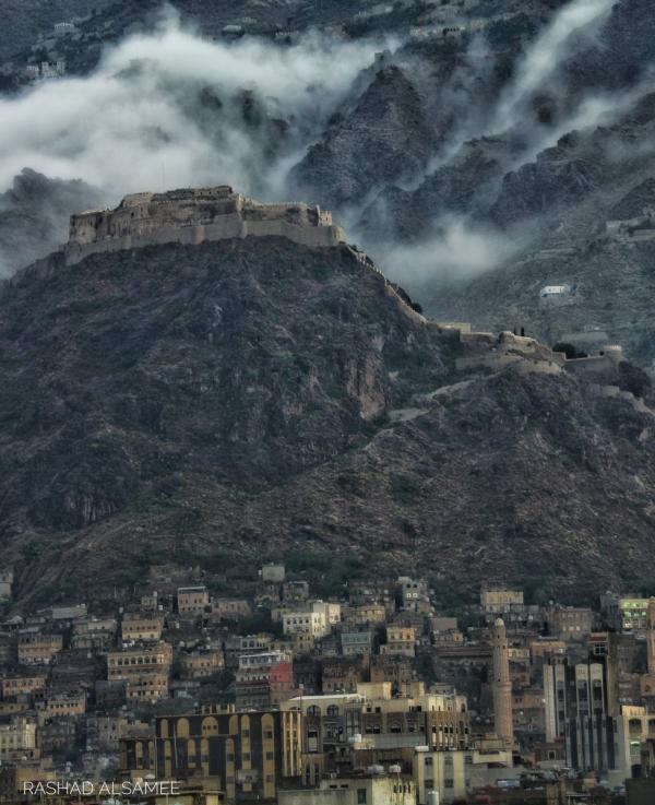 الفلكي اليمني الشوافي يحذر من موجة صقيع