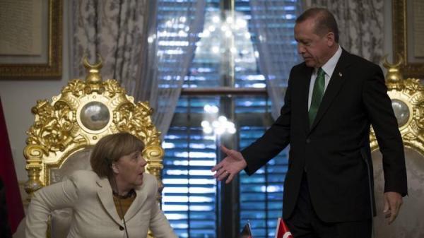تصعيد جديد مع أنقرة والمفوضية الأوروبية تحذر إردوغان شخصياً