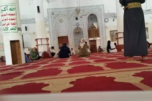 خطباء الحوثي يحثون المصلين على المشاركة في الاحتفال ب«المولد»