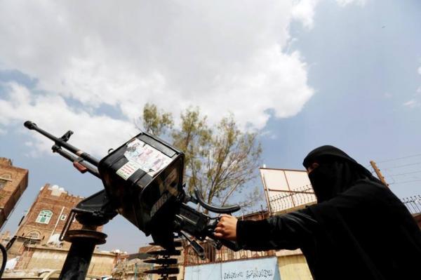 زينبيات الحوثي تطوف المنازل في ذمار لدعوة المواطنين لحضور فعالية المولد