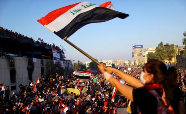 صحيفة ألمانية: انتفاضة لبنان والعراق تهدد توسع إيران في الشرق الأوسط وتشكل خطراً على خامنئي