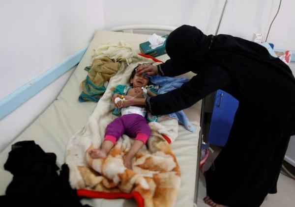 عودة وباء الكوليرا مجدداً في صنعاء والمحويت.. 300 حالة اشتباه وحالتا وفاة