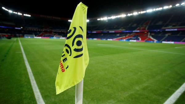 تأجيل خمس مباريات في الدوري الفرنسي بسبب احتجاجات &#34السترات الصفراء&#34