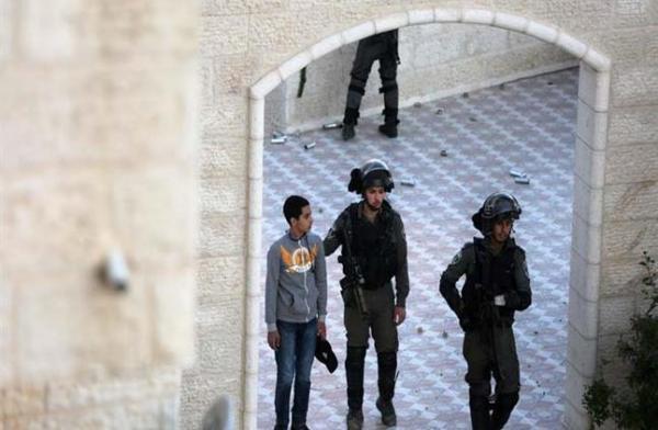 الشرطة الإسرائيلية تقتحم مقر وكالة الأنباء الفلسطينية