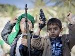 """الرئيس هادي يوجه بعدم تجنيد الأطفال دون الـ ൚ عاما"""""""