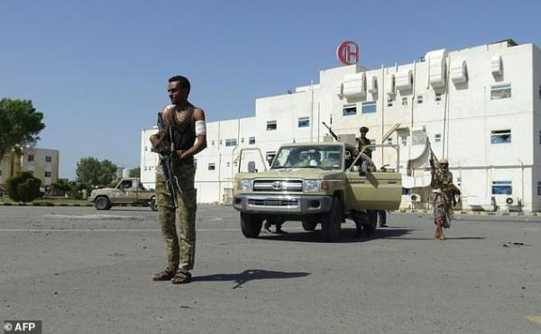 Houthi militia breach the settlement agreement in Sweden, bombard areas near 22 May hospital in Hodeidah