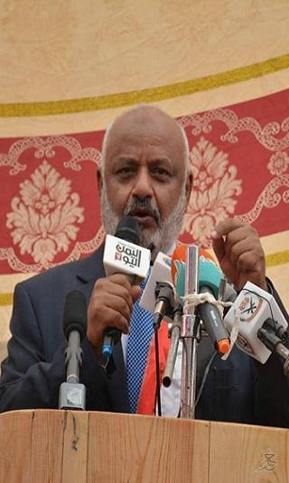 """محافظ الحديدة لـ""""خبر"""": مليشيا الحوثي خرقت الهدنة وقوات المقاومة المشتركة لن تقف مكتوفة الأيدي"""