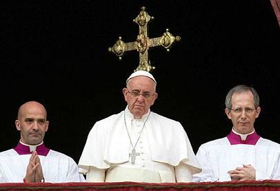 خطر الدولة الإسلامية يهيمن على كلمة البابا في عيد الميلاد