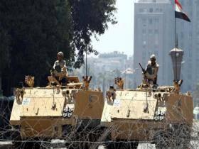 الحكومة المصرية تخفض ساعات حظر التجول الى اربع ساعات