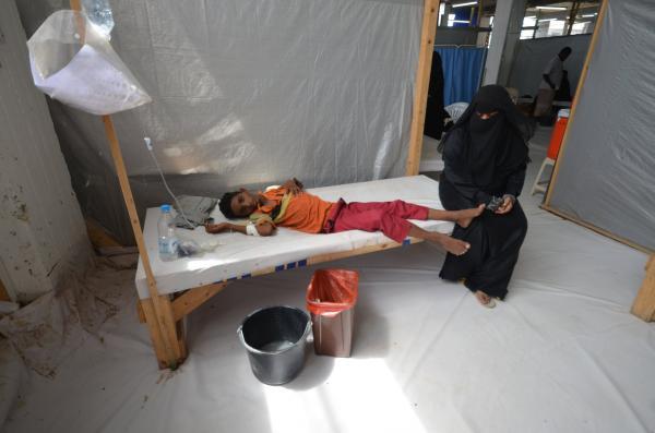 مئات الآلاف من اليمنيين يواجهون الثالوث المميت.. والأمم المتحدة تناشد