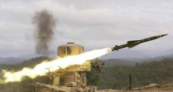 قصف صاروخي في العمق السعودي وقنص ثلاثة جنود