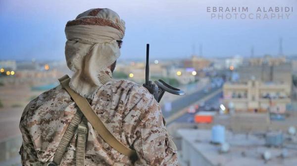 تفاصيل مصرع القيادي الحوثي قائد اللواء الأول دفاع جوي وجميع مرافقيه (أسماء)