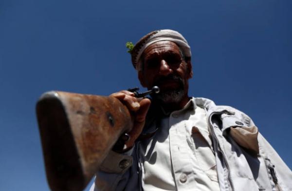 مصرع قيادي حوثي مع نجله في إحدى جبهات القتال