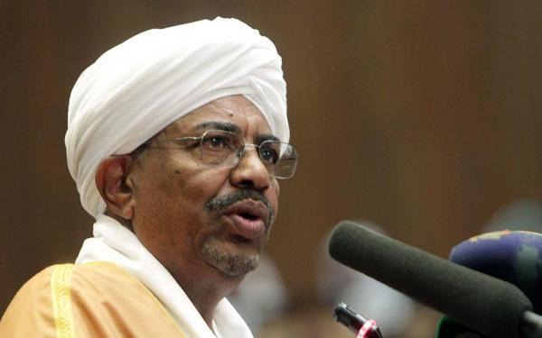 الرئيس السوداني: مندسون يقتلون المتظاهرين