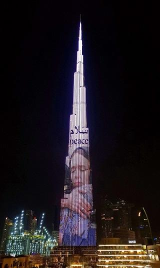 برج خليفة يحتفي بتسامح رئيسة وزراء نيوزيلندا