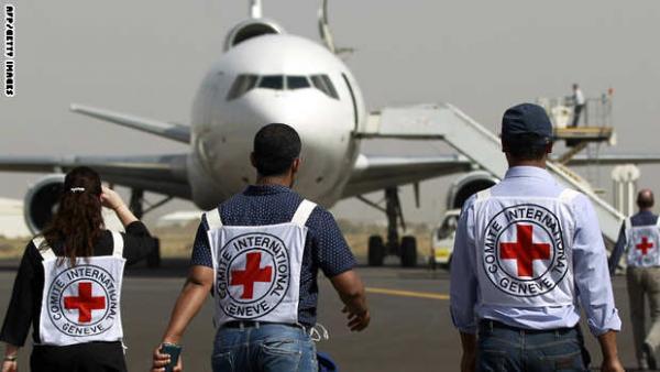 الصليب الأحمر الدولي تعلق أعمالها في اليمن عدا ماهو متعلق بإنقاذ الحياة