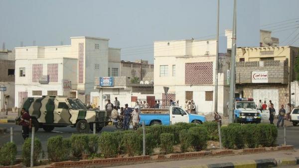 أمن عدن يلقي القبض على المتهم الرئيس باغتيال مدير إدارة مكافحة المخدرات