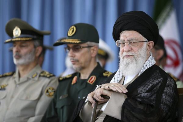 النظام الإيراني منهك: حرب نفسية وسياسية واقتصادية