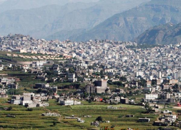 إب: مقتل أب وأربعة من أبنائه وخامس في الإنعاش في خلاف على قطعة أرض