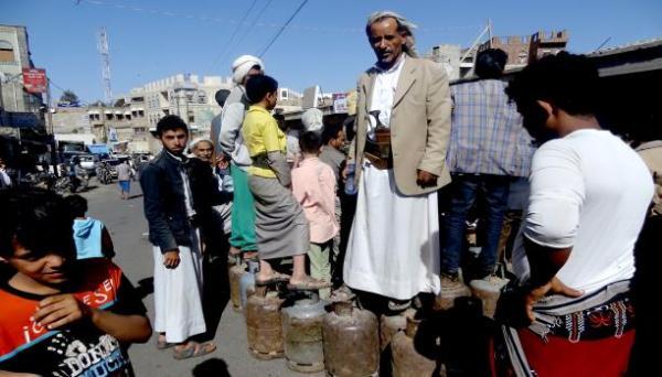 بوادر أزمة غاز منزلي تلوح في صنعاء