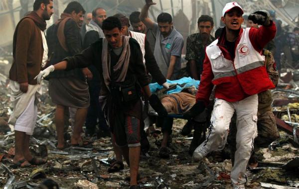 """طالب مواطني بلاده الوقوف ضد المذابح السعودية في اليمن.. إعلام أمريكي: """"لامبرر للسكوت"""""""