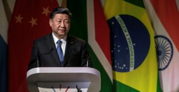 """الرئيس الصيني يحذر من ان الحمائية """"توجه ضربة قوية"""" للتجارة العالمية"""