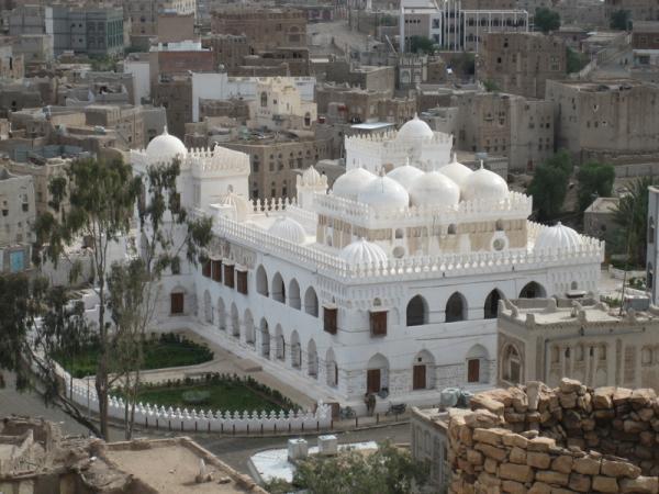 مليشيا الحوثي تختطف خطيب جامع الهدى في مدينة رداع بالبيضاء