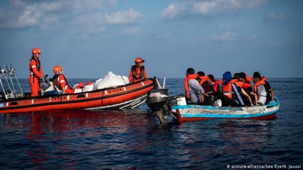 ألمانيا تعتزم استقبال ربع اللاجئين الذين يصلون إيطاليا