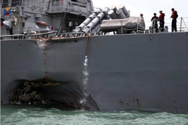 البحرية الأمريكية تقيل اثنين من قادتها بعد حوادث بحرية في آسيا