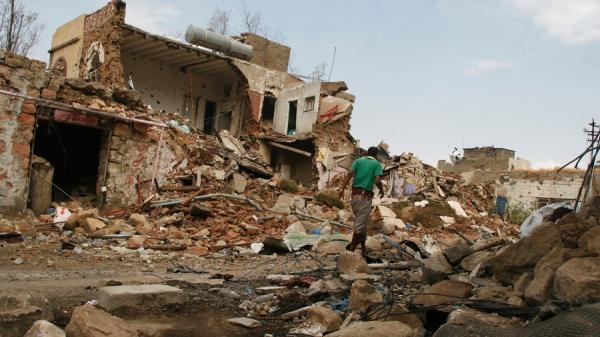استشهاد 4 مدنيين جراء غارتين دمرتا منزلا بحجة