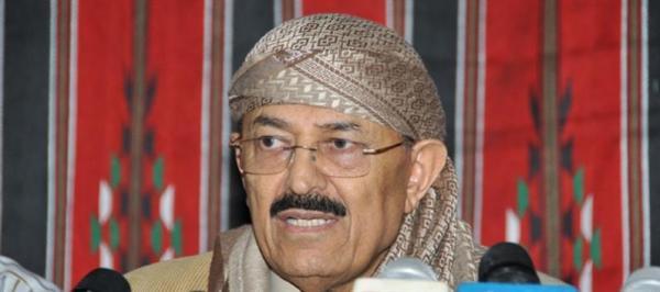 الدكتور قاسم سلام يهنىء الزعيم صالح بنجاح العملية الجراحية