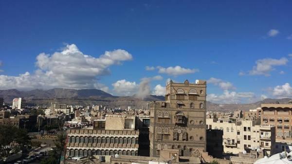 تجدد القصف الجوي على العاصمة اليمنية (صور)
